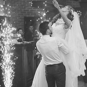 wedding spark fountain